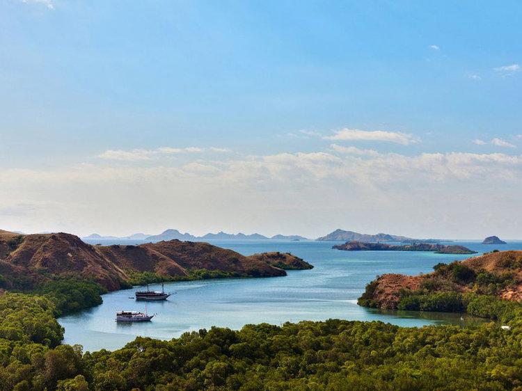 Rinca Island | Hello flores