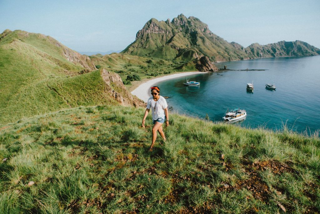 Padar island - defended by strong currents and swell coming from the nearby Indian ocean | Hello Flores