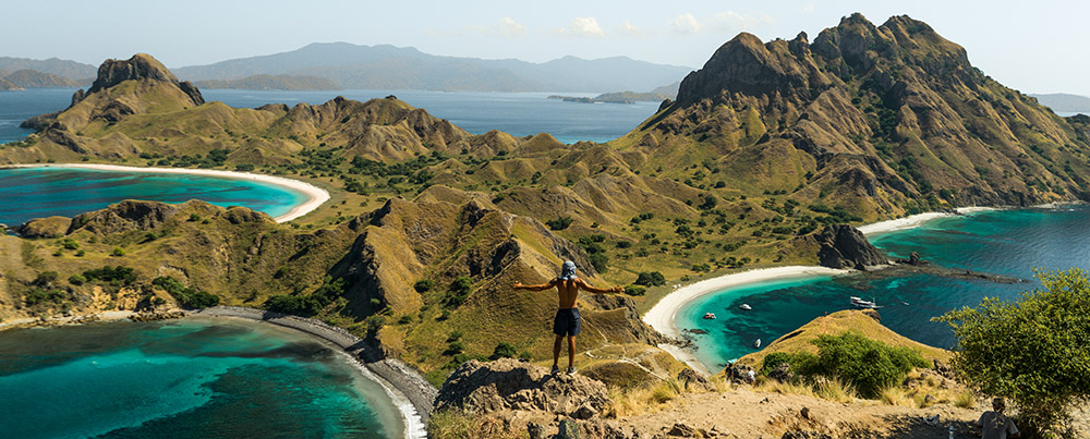 A guest trek to the top of Padar Island