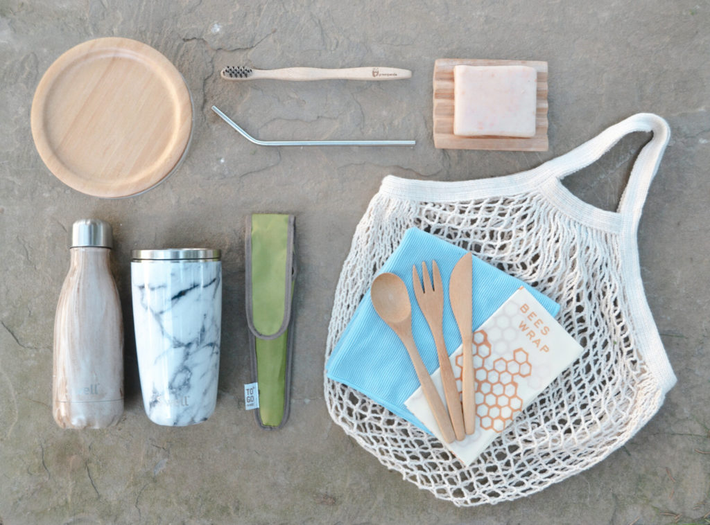 A set of environment-friendly travel goods