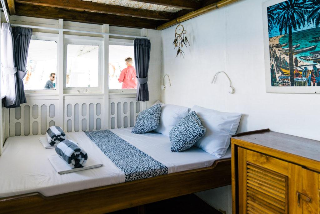 Royal Fortuna Liveaboard Cozy Bed Cabin   Hello Flores