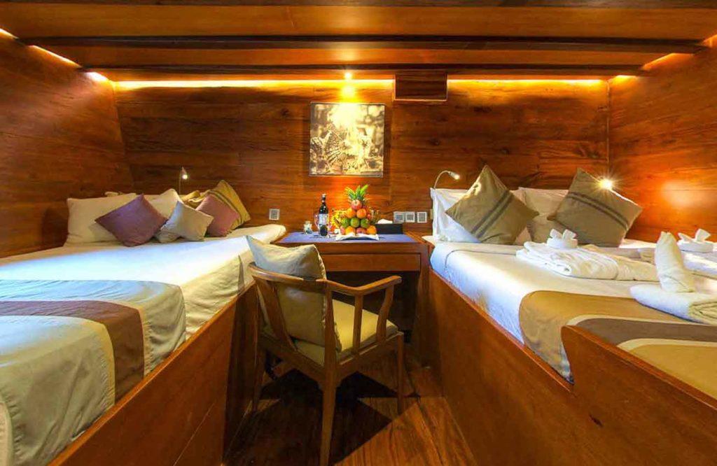 Damai Liveaboard Double Bed | Hello Flores