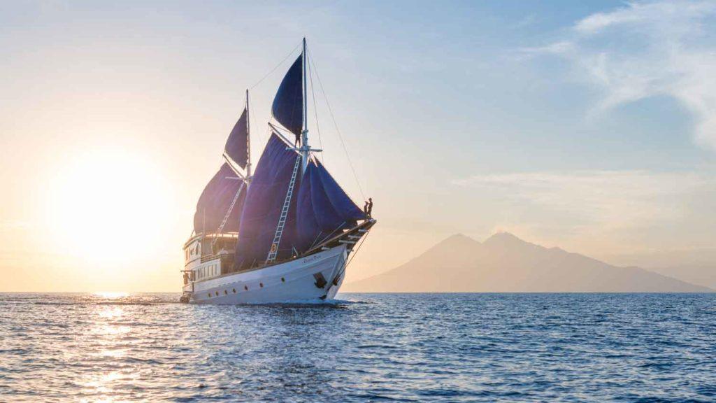 Ocean Pure Liveaboard Voyage to Dream Island | Hello Flores