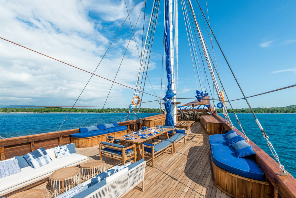 Ocean Pure Liveaboard Absolute Top Deck | Hello Flores