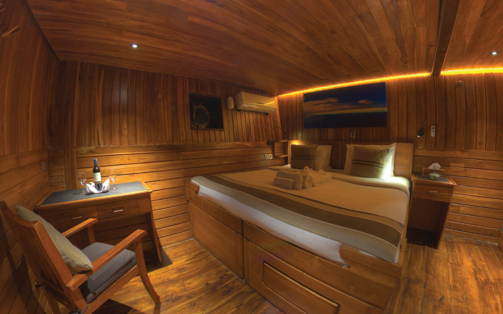 Damai Liveaboard Master Bed Experience | Hello Flores