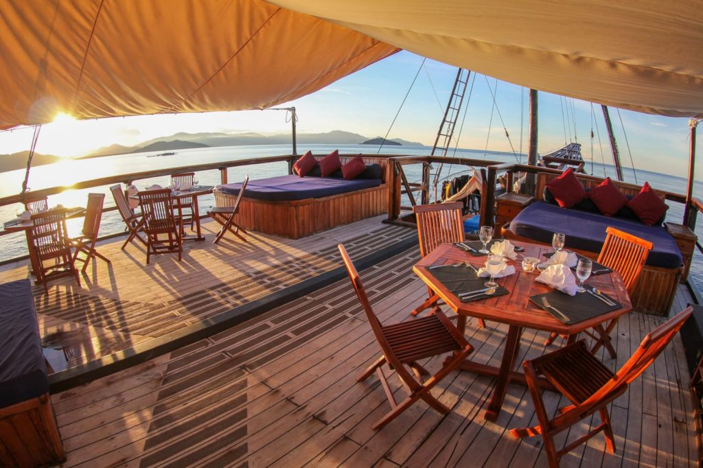 Damai Liveaboard Exceptional Outside Lounge | Hello Flores
