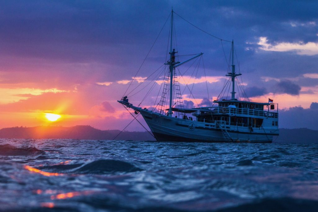 Royal Fortuna Liveaboard Staggering Sunset View | Hello Flores