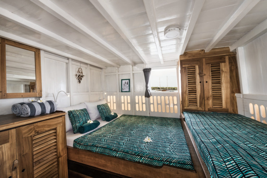 Royal Fortuna Liveaboard Astounding Bed Cabin | Hello Flores