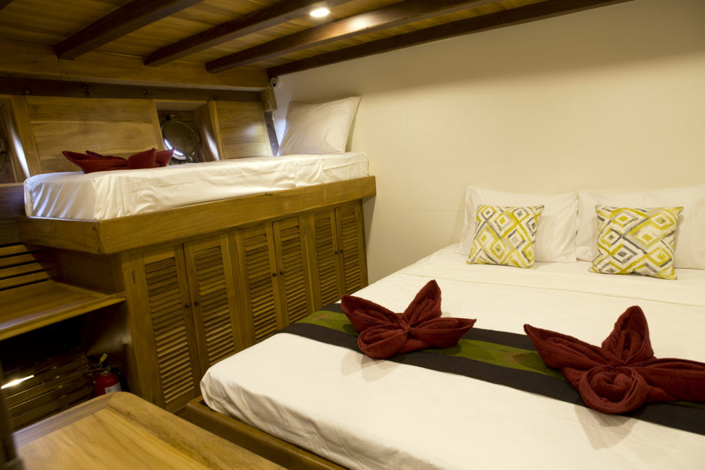 Leyla Liveaboard Intimate Bed Cabin | Hello Flores