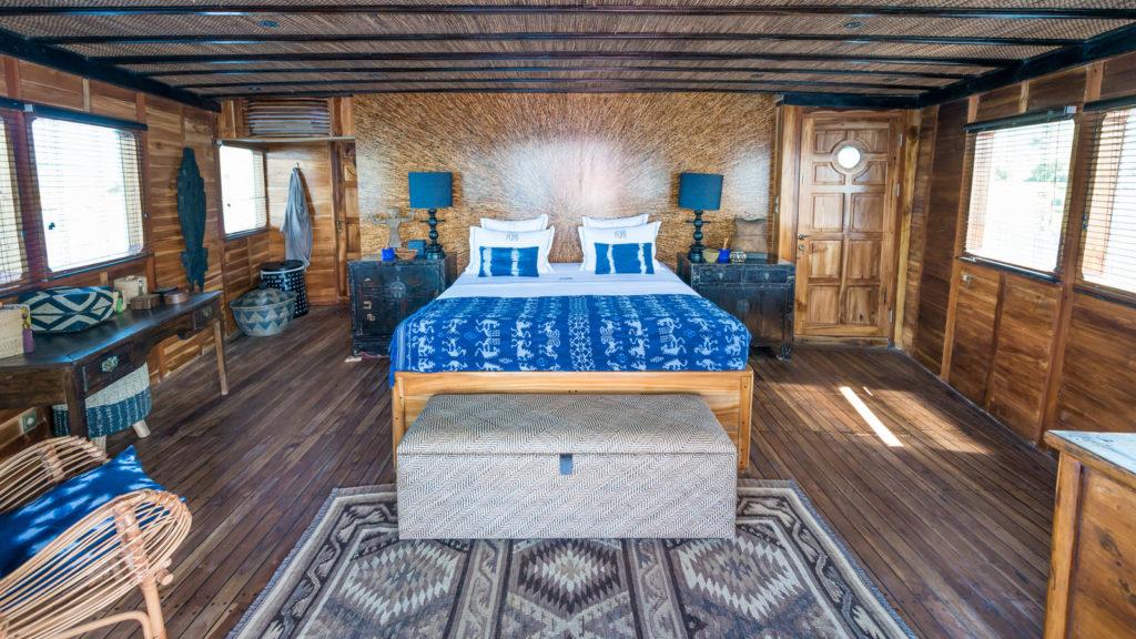 Ocean Pure Liveaboard Luxury Bedroom | Hello Flores