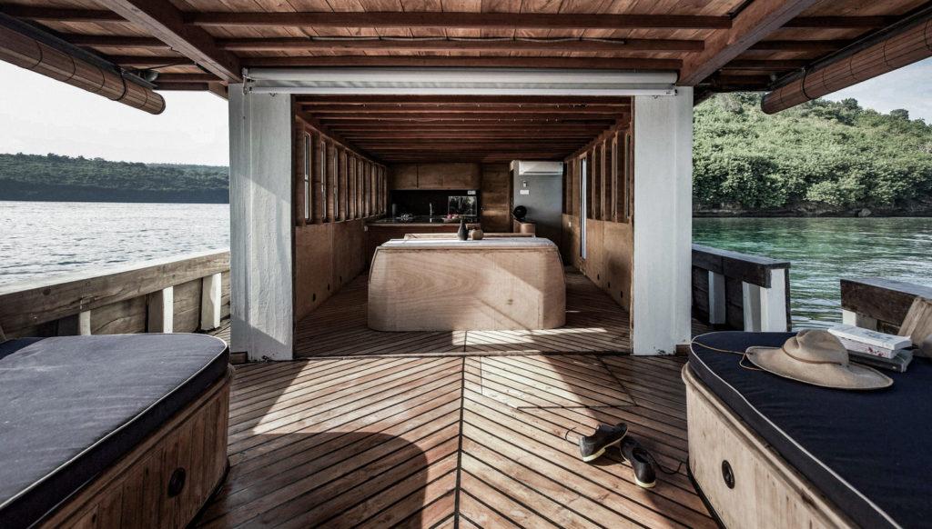 Splendour Liveaboard Deck | Hello Flores