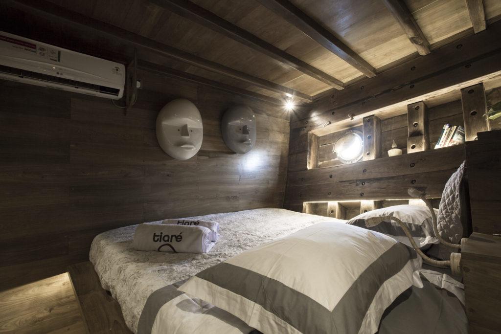 Tiare Liveaboard Comfy Bed | Hello Flores
