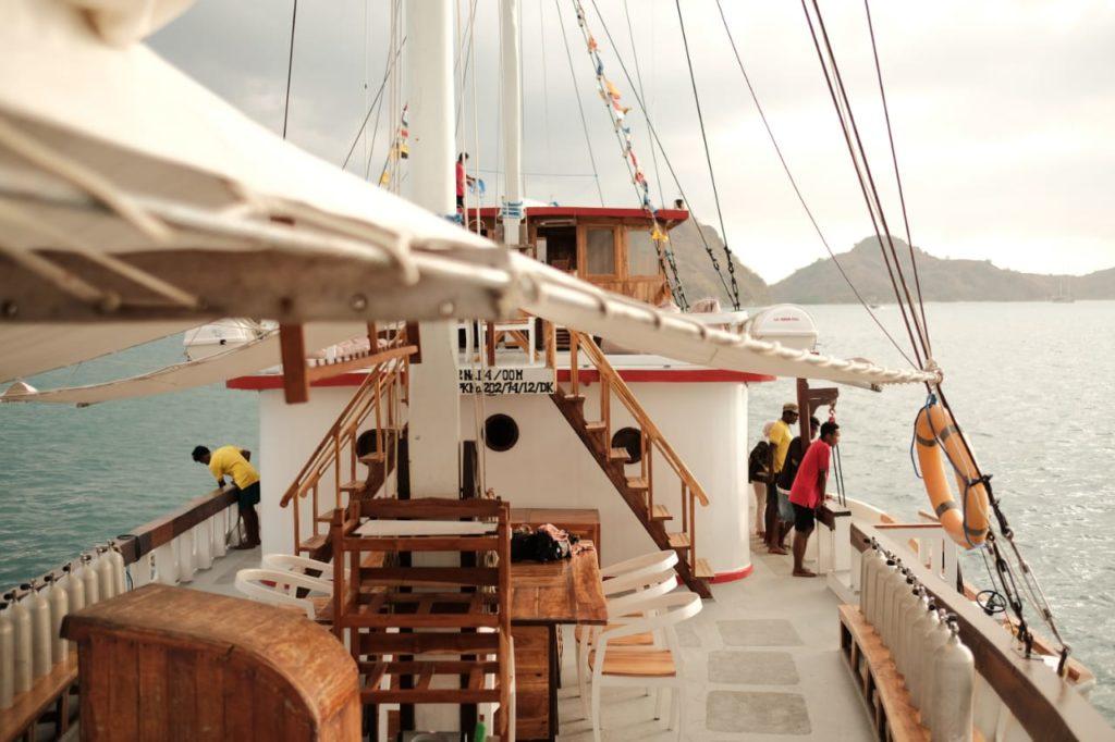 The Upper deck of Sinar Pagi | Hello Flores