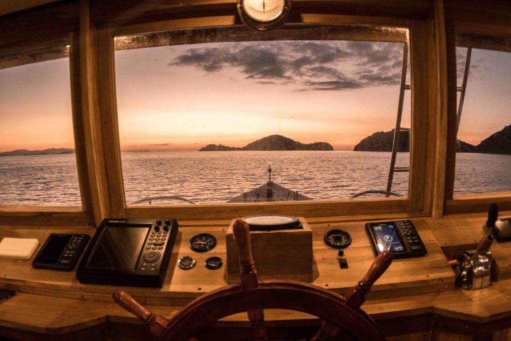 The sea view from the captain room in Magia 2 liveaboard | Hello Flores