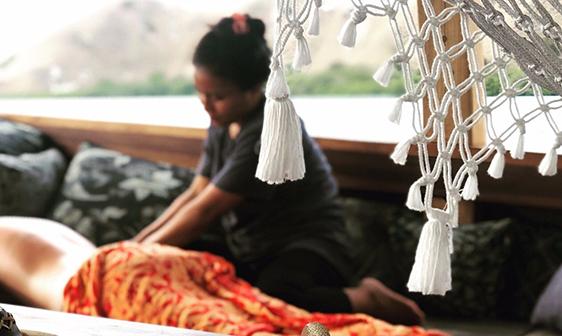 massage on board | Hello Flores