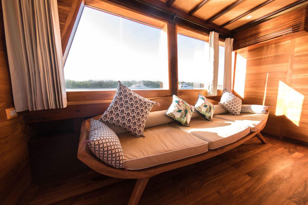 Magia Liveaboard Exclusive Interior Design | Hello Flores