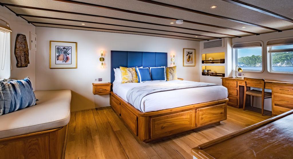 Rascal Liveaboard Master Bedroom | Hello Flores