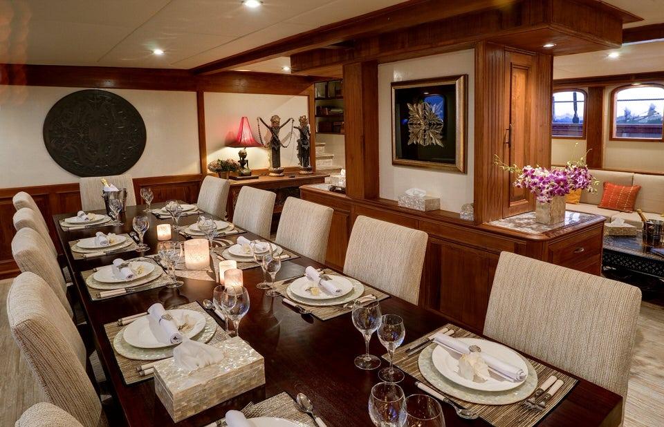 Mutiara Laut Liveaboard Luxurious Lounge | Hello Flores